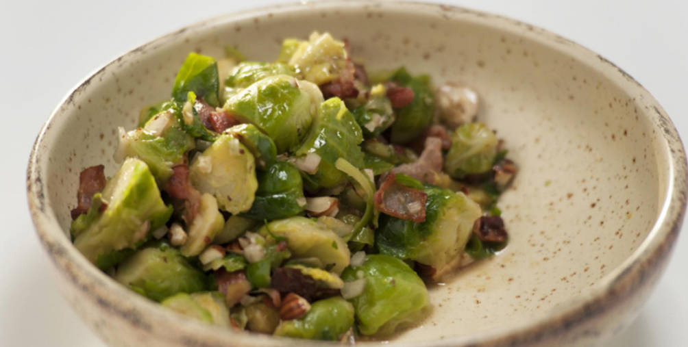Brussels sprouts and bacon salad