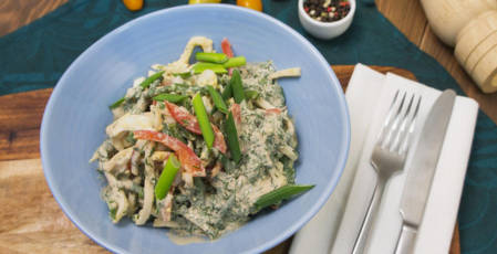 Salad with squid and green beans